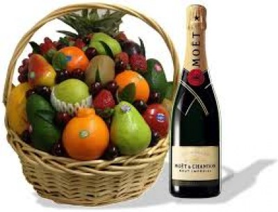 fruit-and-chandon